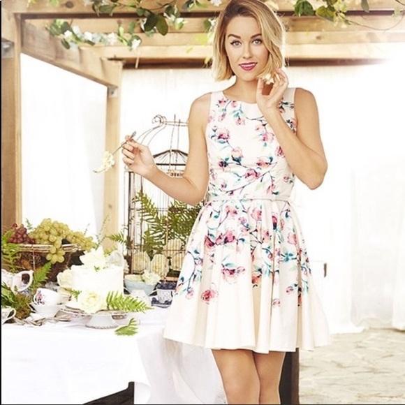 LC Lauren Conrad Dresses & Skirts - LC Lauren Conrad Watercolor Fit & Flare Dress
